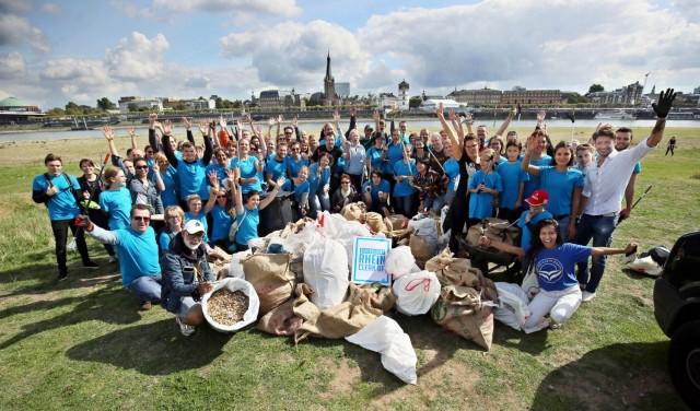 Blockblocks Rhein Cleanup