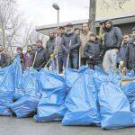 Muslimische Gemeinde räumt bundesweit Silvester-Böller weg - 6.500 Helfer!