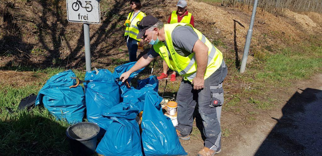 cleanup ebersbach gesammelter müll