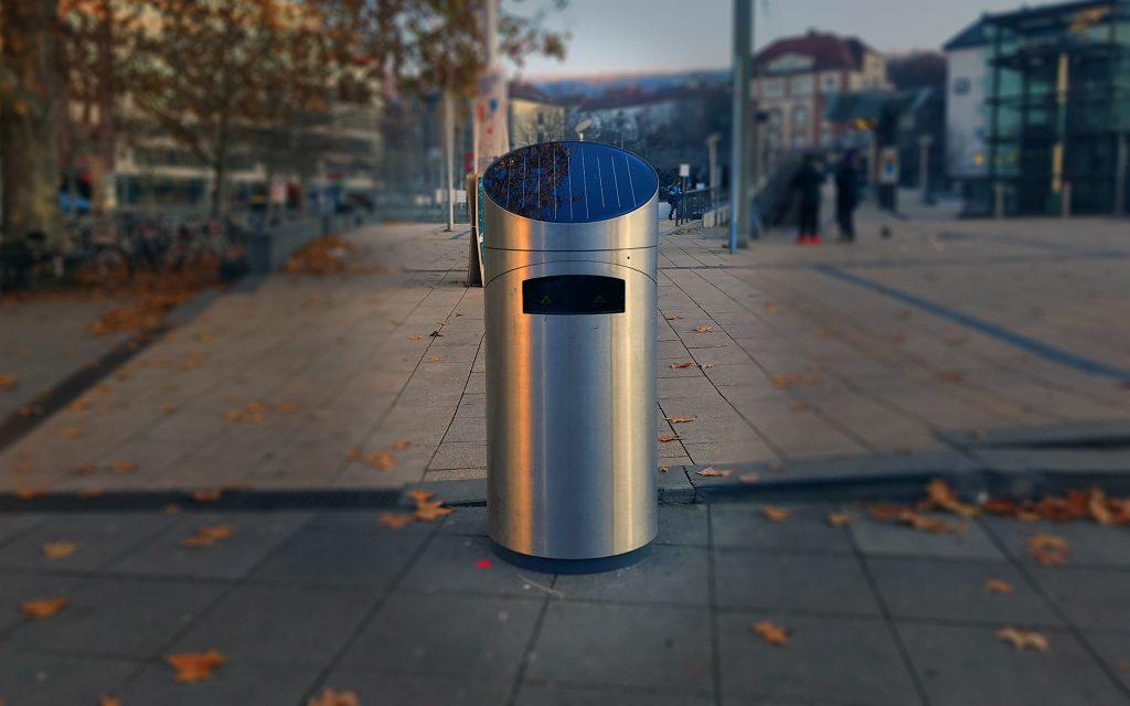 neuer Mülleimer am Stuttgarter Marienplatz