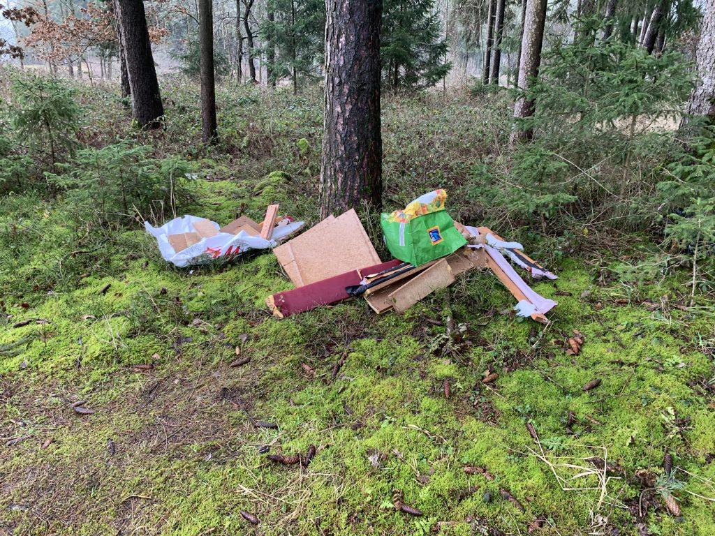 Plogging Mühldorf Müll in der Natur