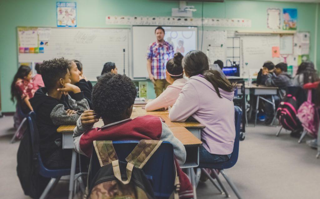 Schüler in Klassenzimmer