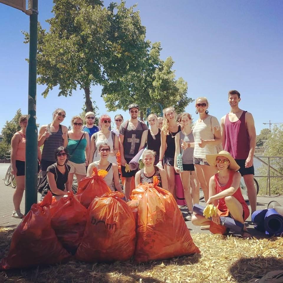 Zero Waste Bonn Initiative - Müll sammeln