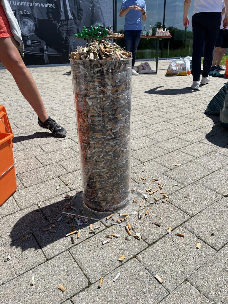 Porsche Cleanup Zigarettenmüll Bietigheim